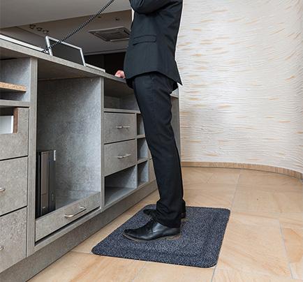 ståmatte-kontor-tekstil-foto